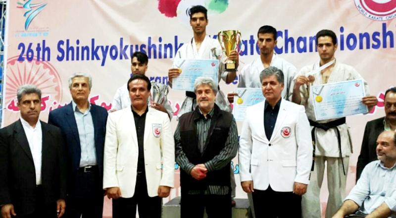 توسط دانشجوی دانشگاه علمی کاربردی شهرداری ورامین صورت گرفت: کسب مدال طلای مسابقات کاراته کشور و انتخابی حضور در مسابقات جهانی چین+تصاویر