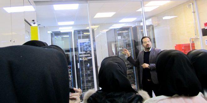 بازدید جمعی از دانشجویان مهندسی فناوری اطلاعات از واحد انفورماتیک شهرداری ورامین